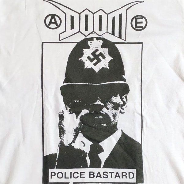 DOOM Tシャツ POLICE BASTARD