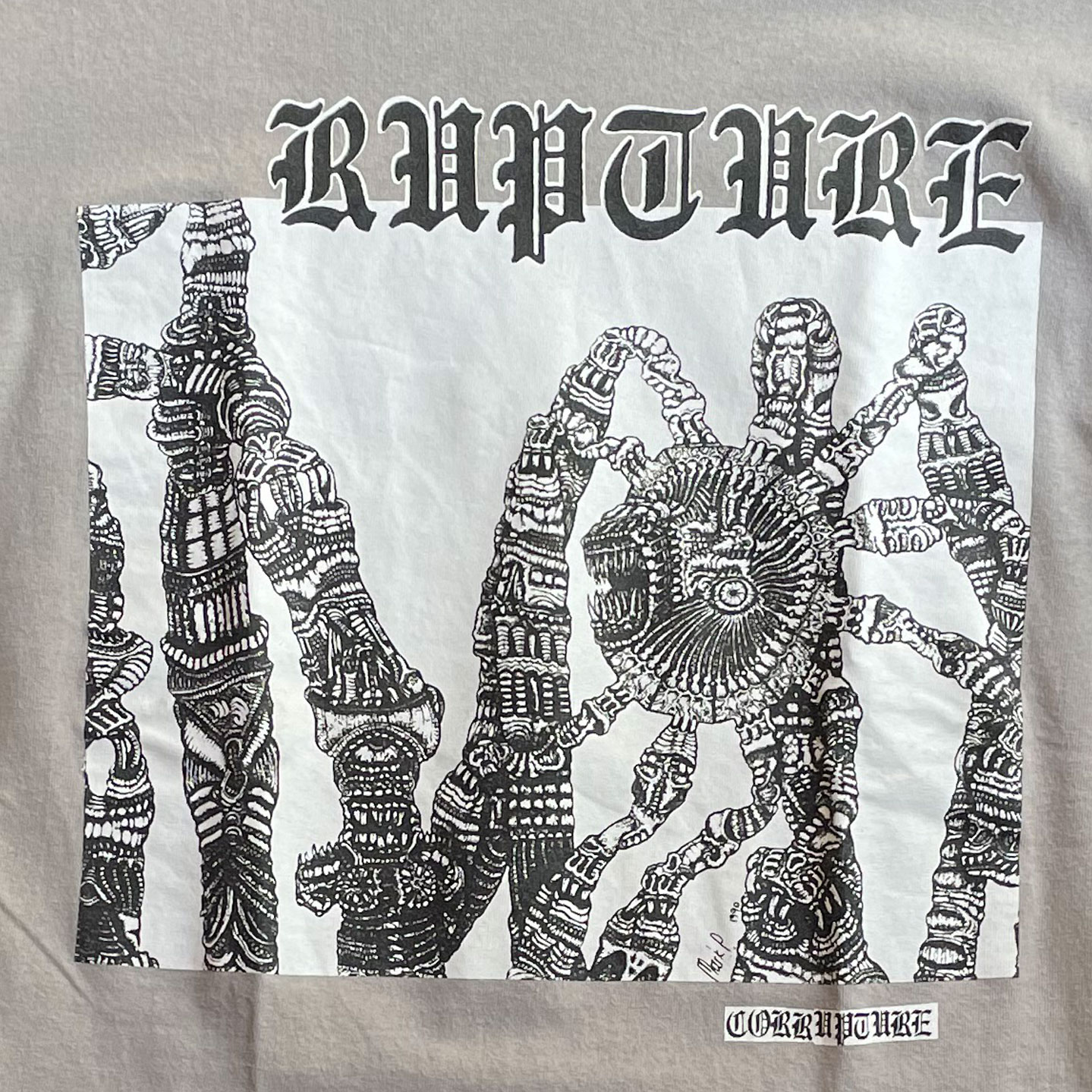 USED! RUPTURE Tシャツ Corrupture