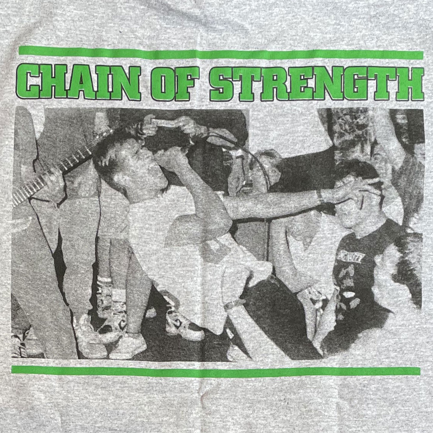 CHAIN OF STRENGTH  Tシャツ