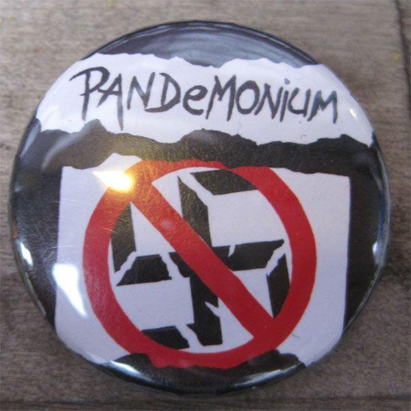 PANDEMONIUM 中バッジ