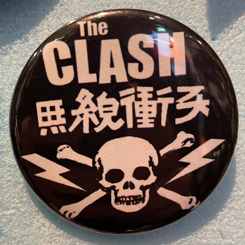 CLASH デカバッジ 無線衝突