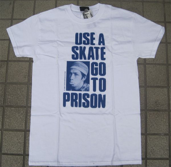 THRASHER Tシャツ Use A Skate Go To Prison