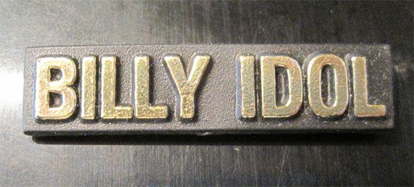 BILLY IDOL VINTAGEプラスチックバッジ