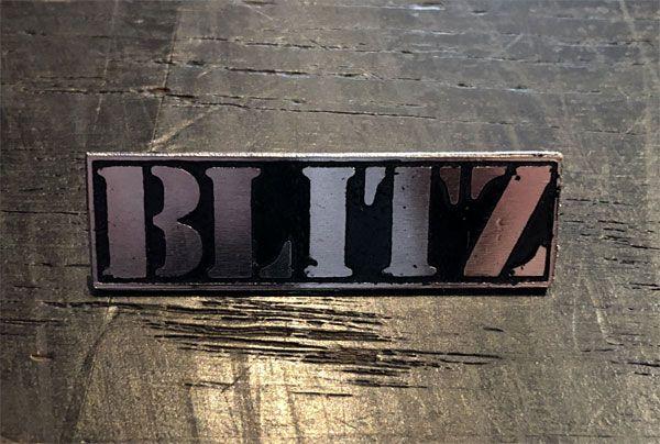 BLITZ ピンバッジ LOGO