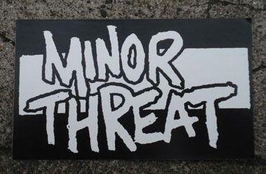 MINORTHREAT ステッカー ロゴ3