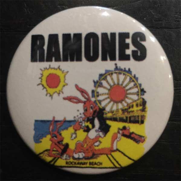 RAMONES バッジ ROCKAWAY BEACH