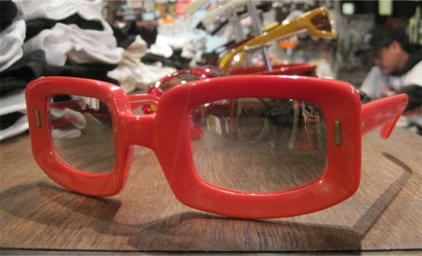 USED! FRANCE MADE SUNGLASS T.V style