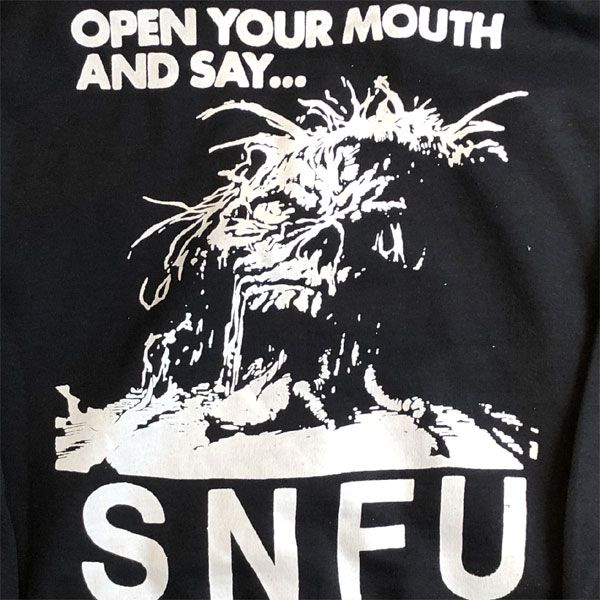 S.N.F.U パーカー OPEN YOUR MOUTH AND SAY...