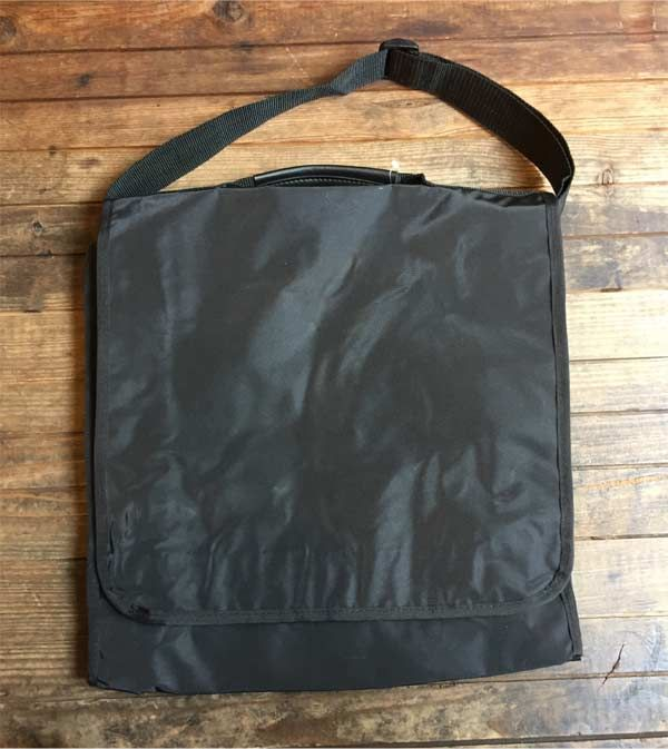 RECORD SHOULDER BAG