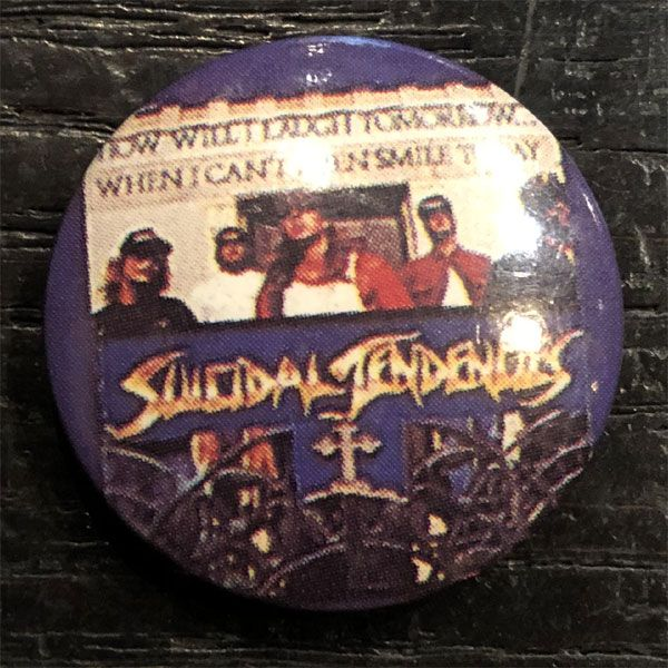 SUICIDAL TENDENCIES レア小バッジ 1
