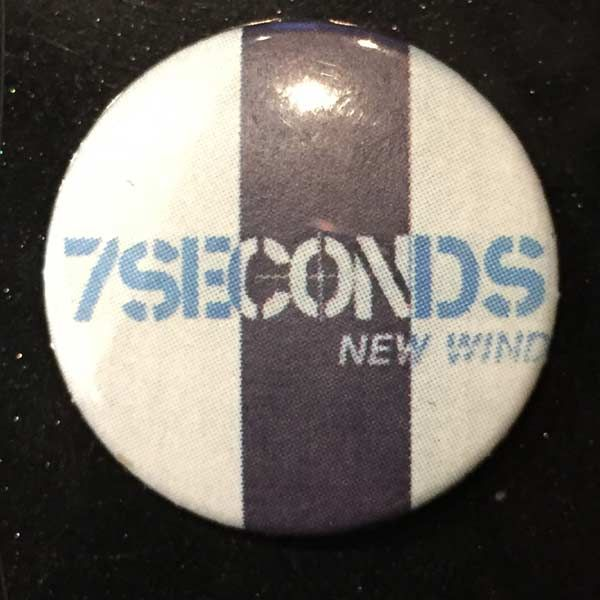 7SECONDS バッジ NEW WIND